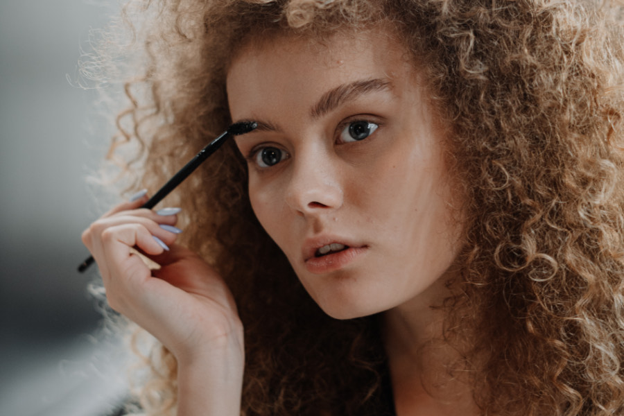 maquillaje natural de ojos
